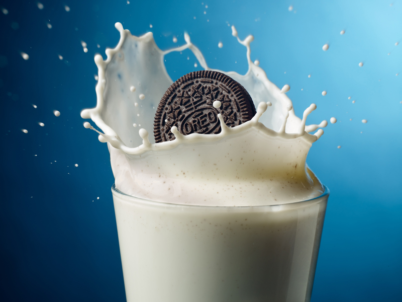 Oreo Milk Splash